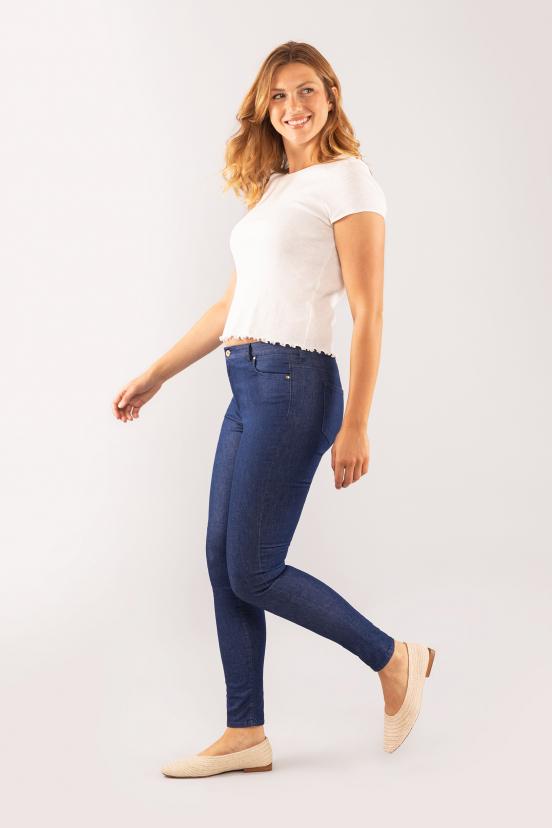 Julia: size 42